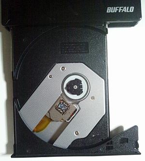 バッファローのポータブルBDプレイヤー「BP3D-PI6U2-BK」